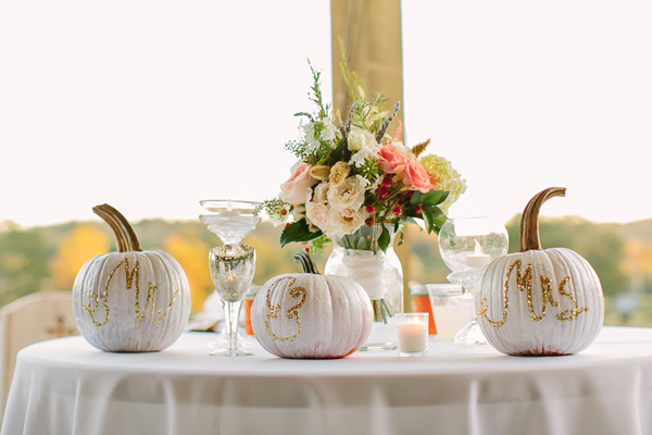 southern-wedding-pumpkin-centerpieces.jpg