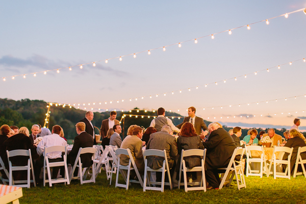 southern-wedding-string-lights.jpg