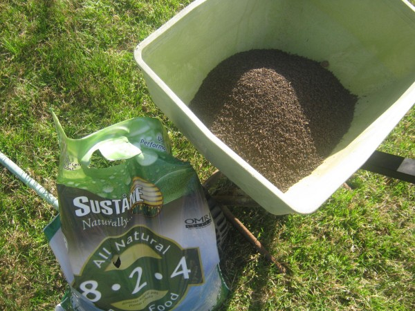 lawn-fertilizer-003-e1402502214205.jpg