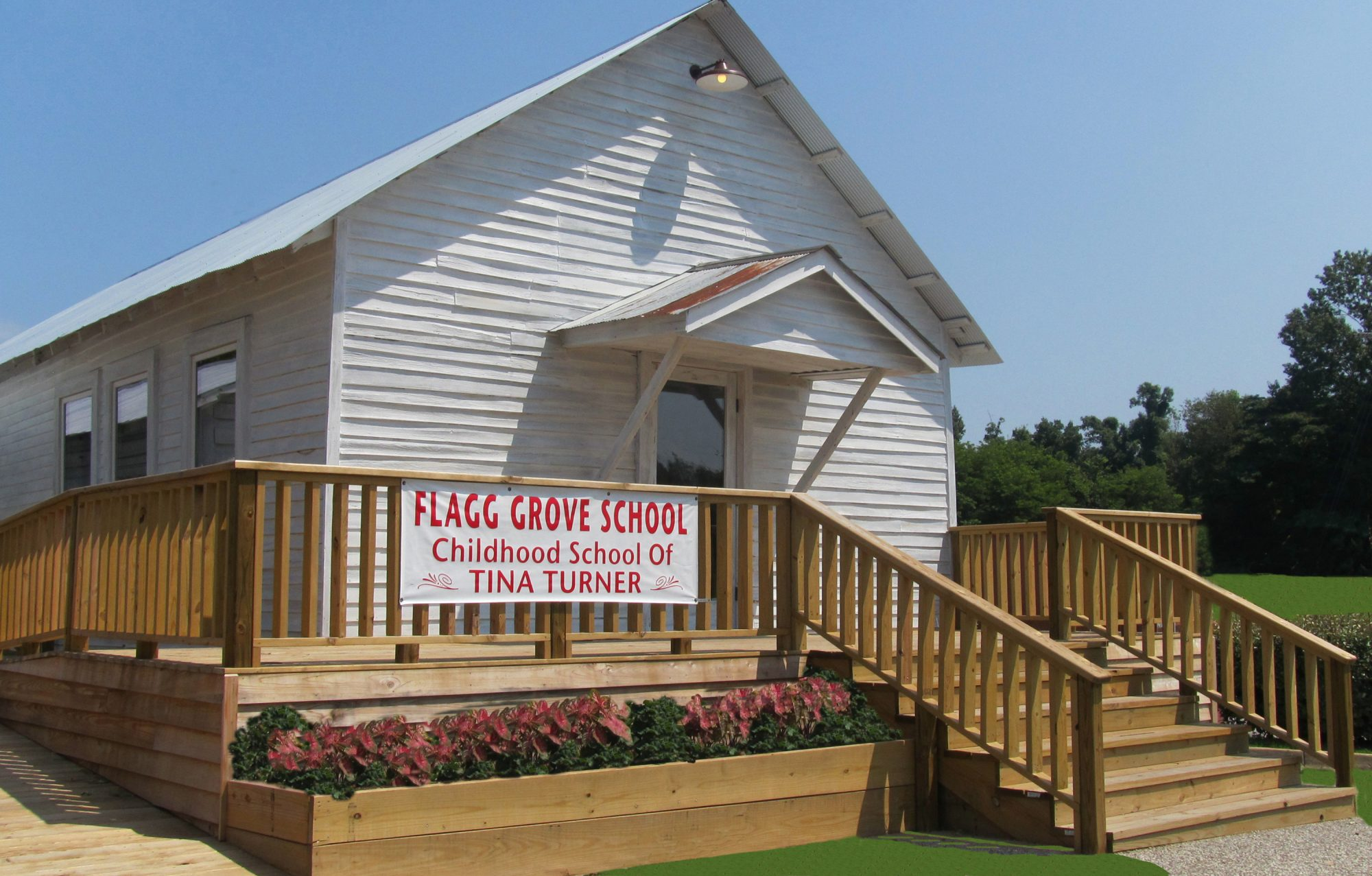 flagg-grove-school.jpg