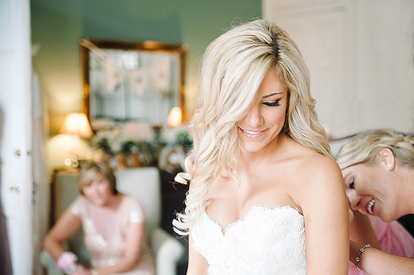 lace-wedding-gown.jpg