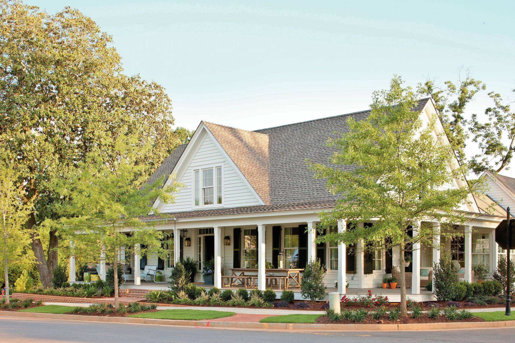 17 house plans with porches southern living for Horizontal house plans