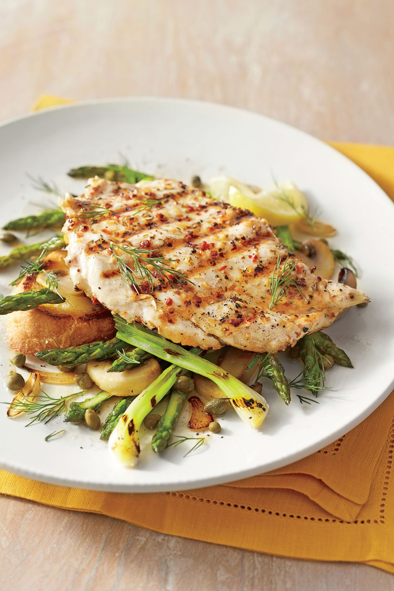 Chicken Breasts with Mushrooms and Asparagus