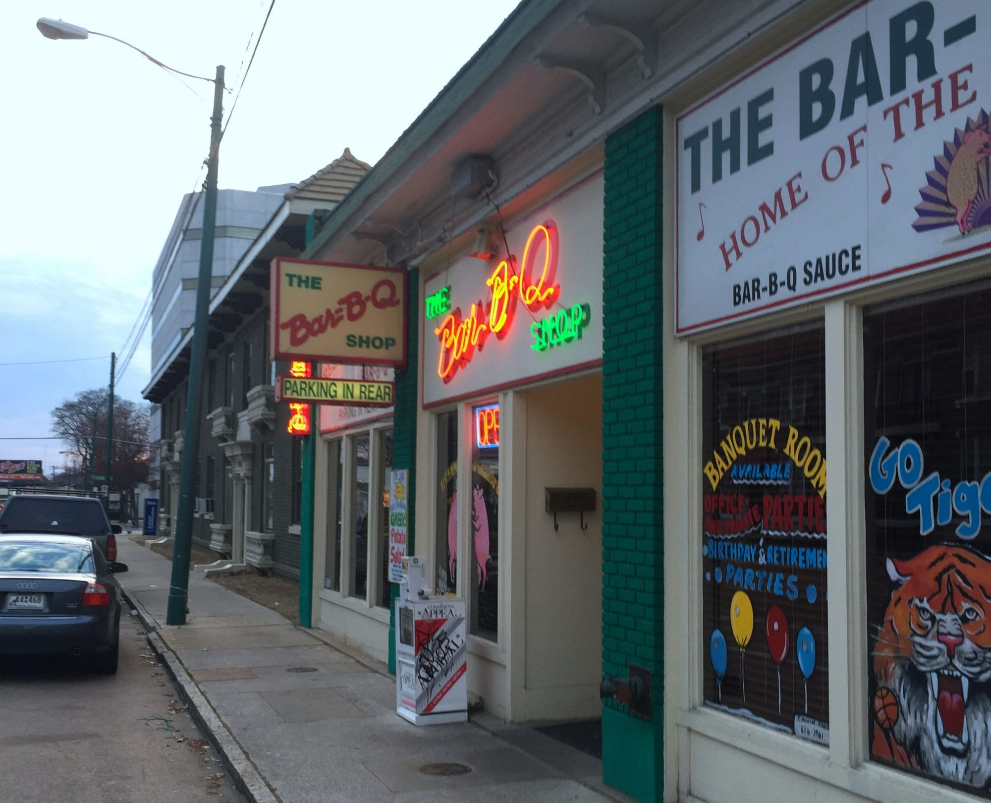 Bar-B-Q Shop Restaurant