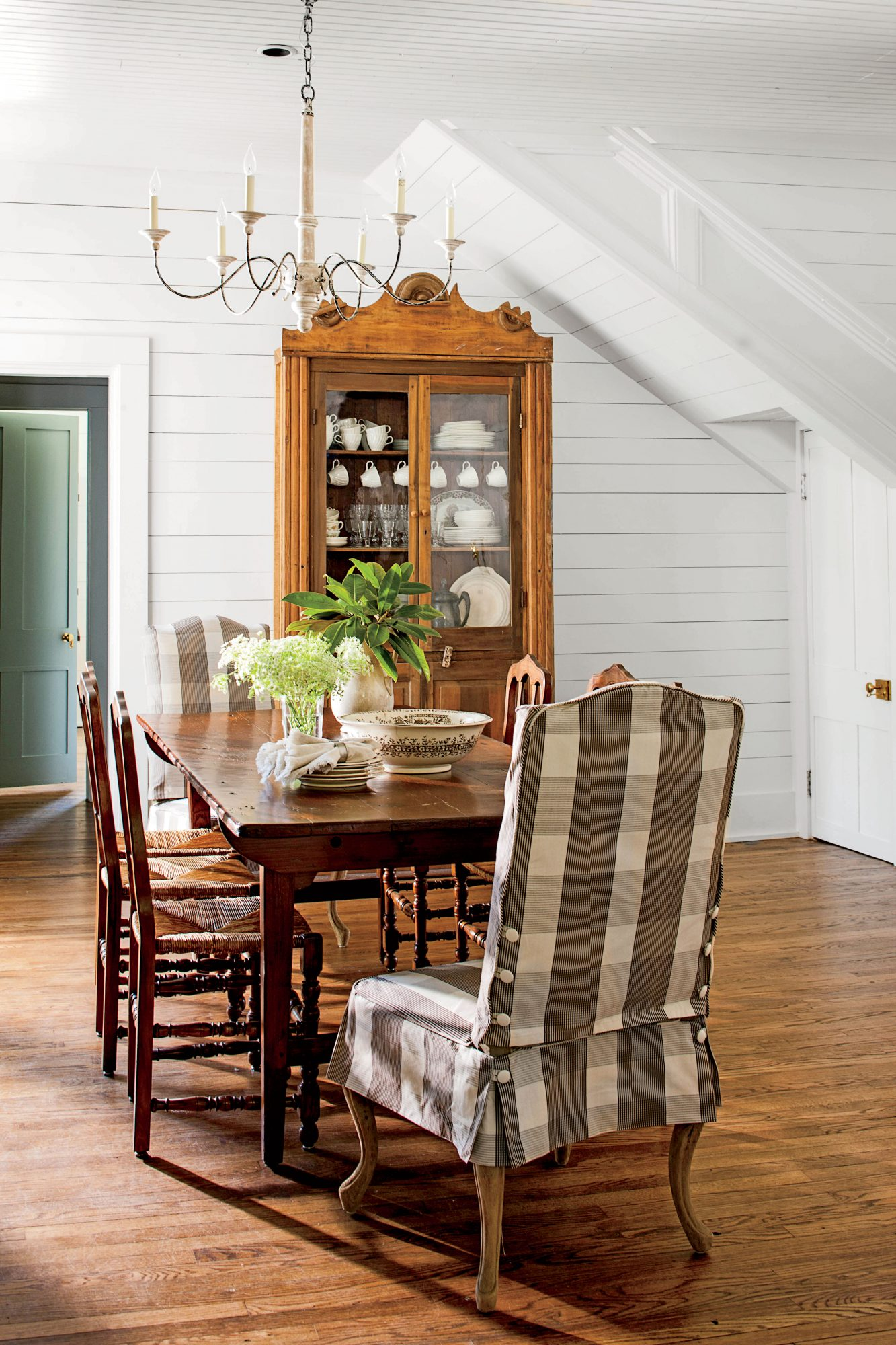 Monteagle Home Dining Room