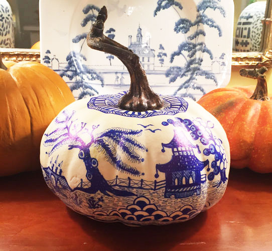 small-chinoiserie-pumpkin.jpg