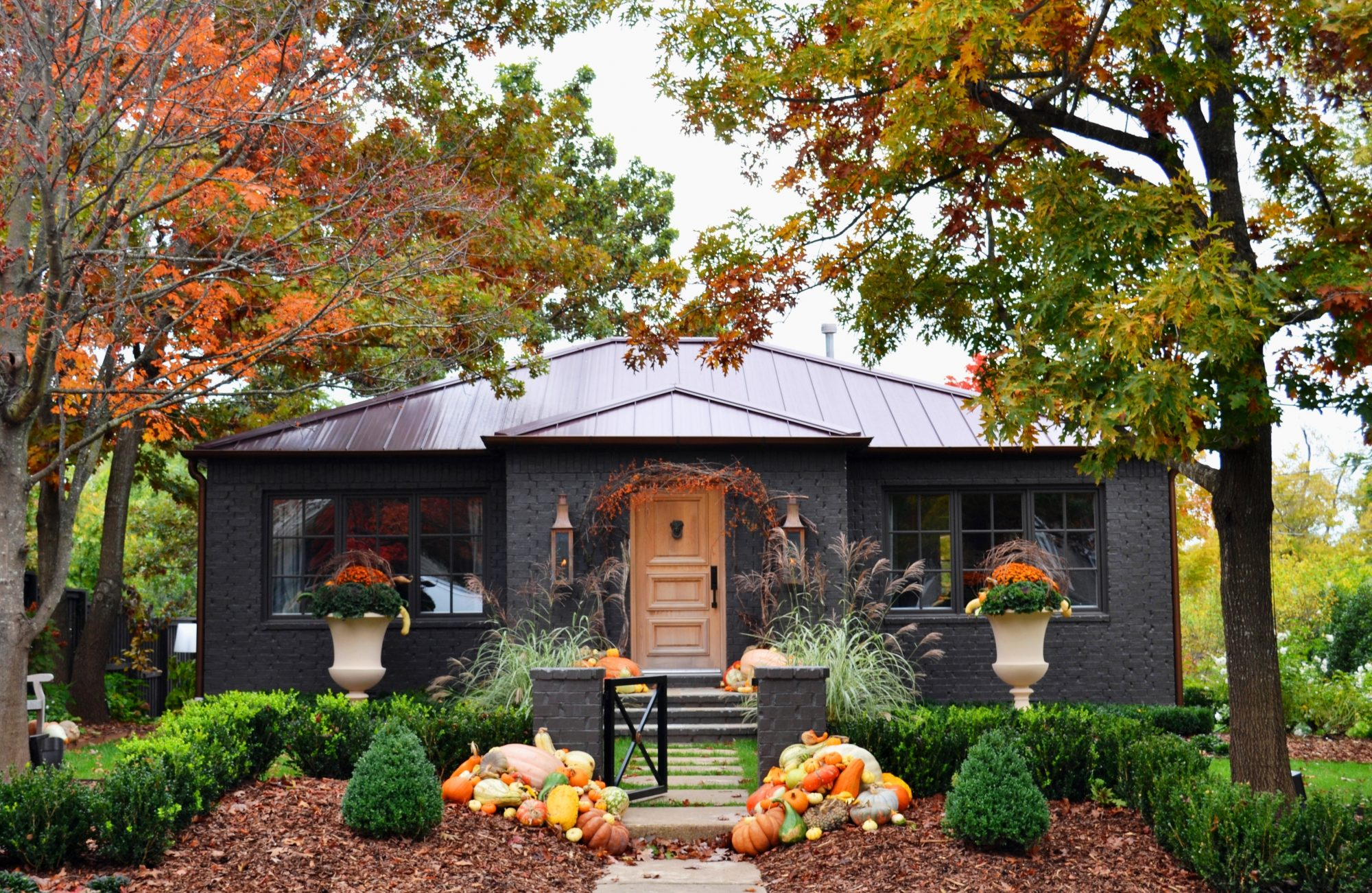 Outdoor Decorating for Fall and Thanksgiving - Southern Living