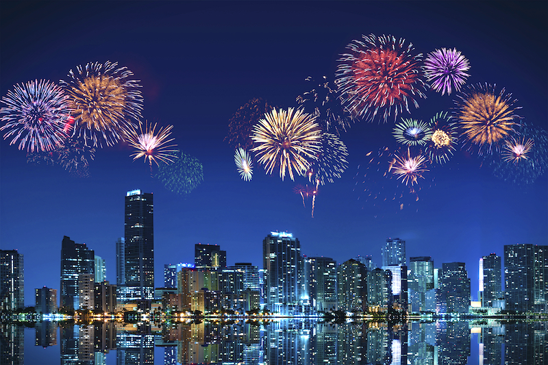 miami-new-years-eve-fireworks-panoramic.jpg