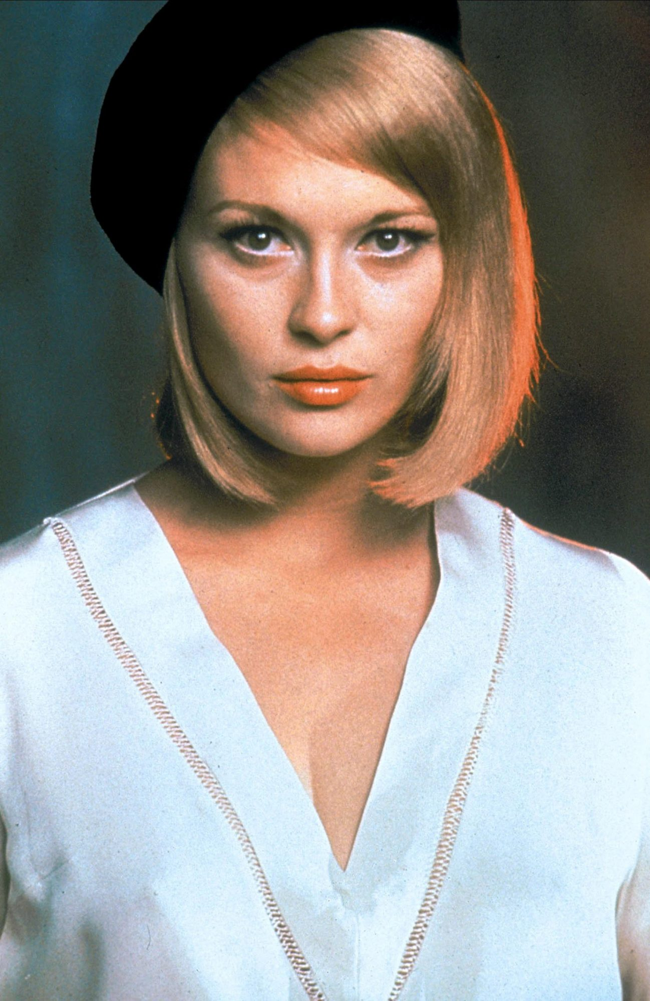 17. Good Hair: Faye Dunaway (60s)