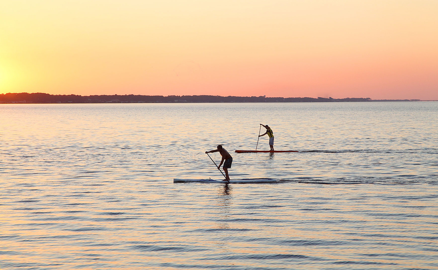 Paddleboard a Dawn