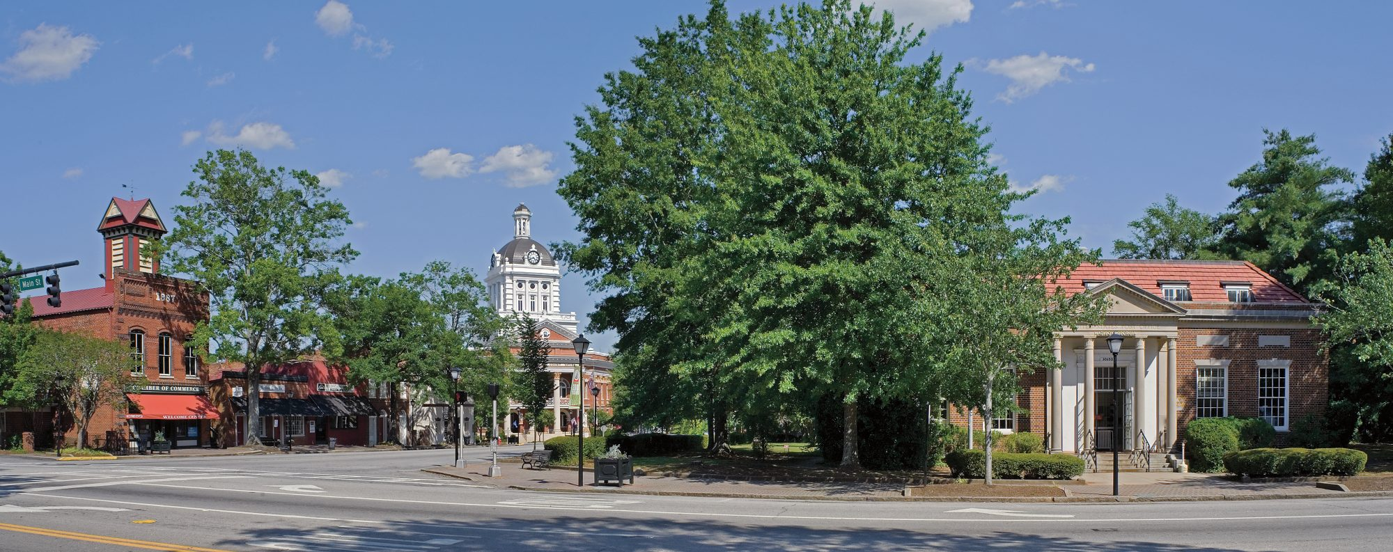 South 39 S Best Small Towns Southern Living