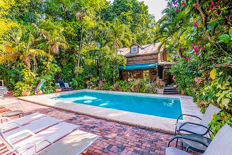 villas-key-west-vacation-rentals-garden-cottage.jpg