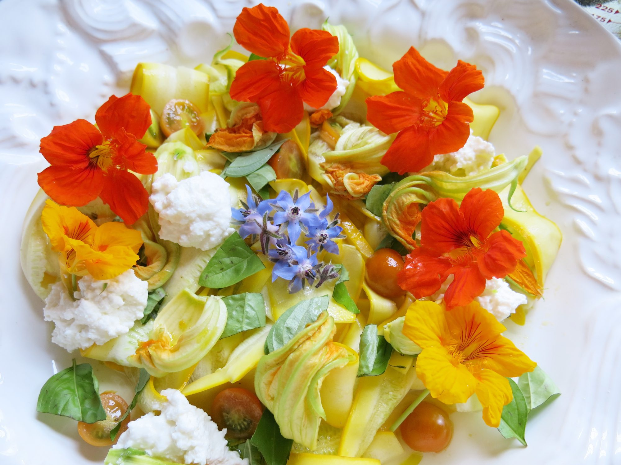 10 best edible flowers southern living