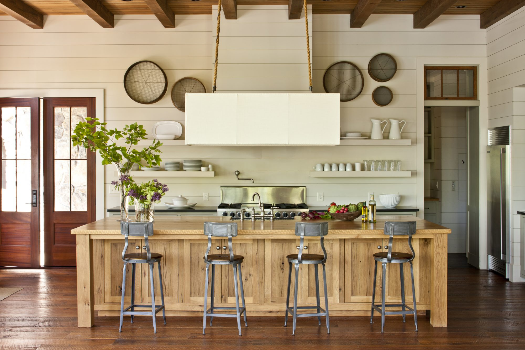 Creative Seating in the Kitchen