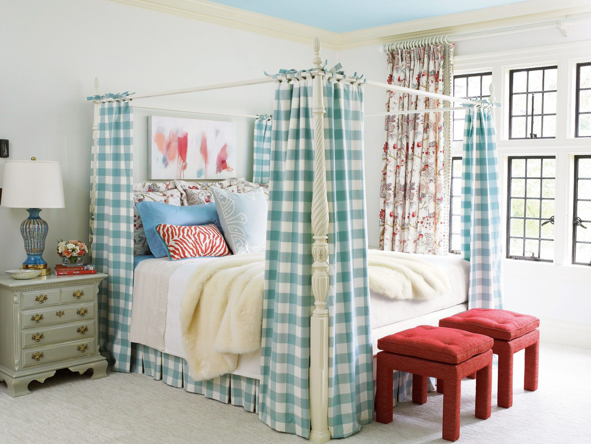 buffalo check blue and red bedroom - Blue Bedroom Walls