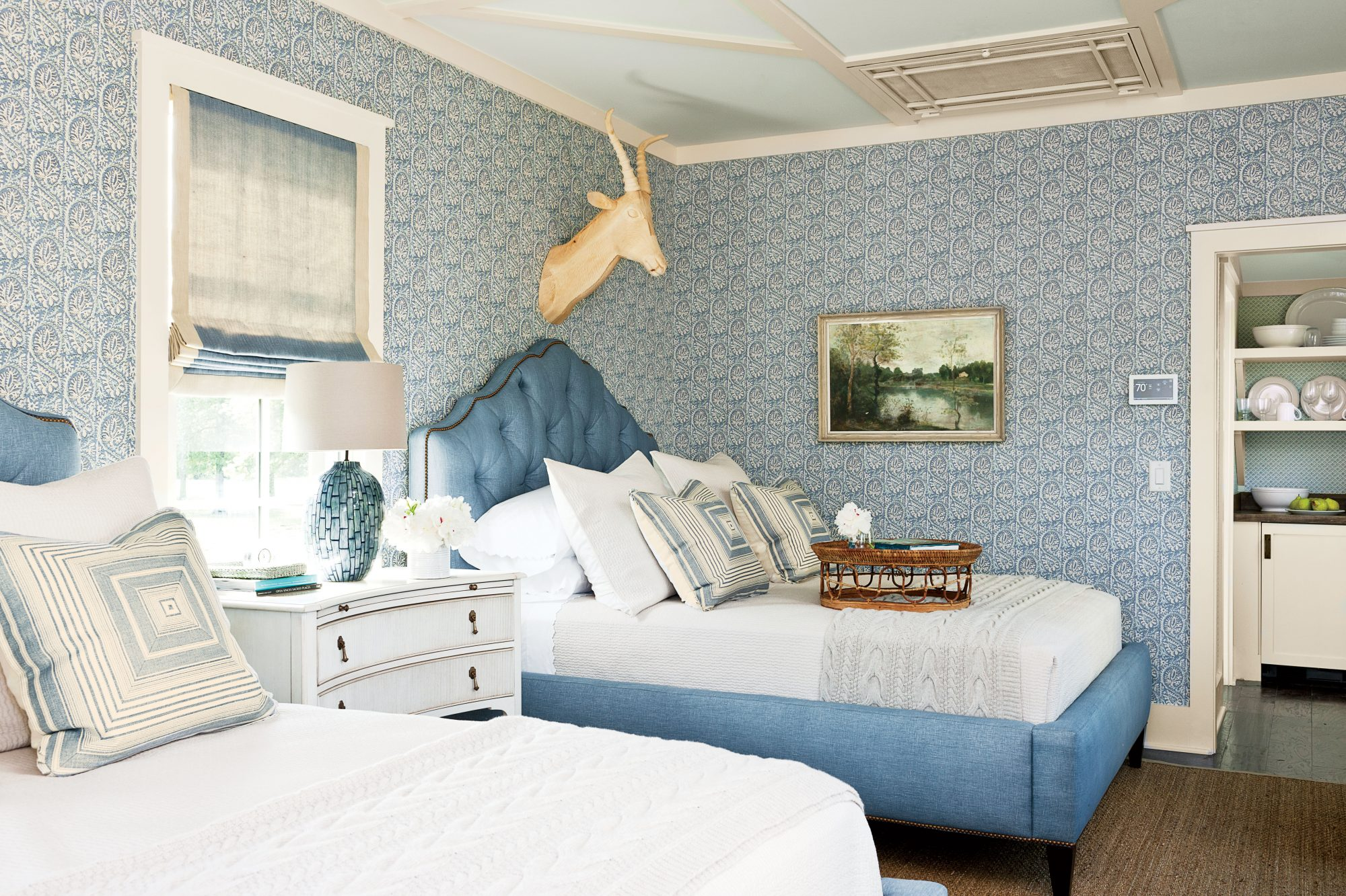 Bask In Hydrangea Blues Hydrandea Blue Twin Bedroom