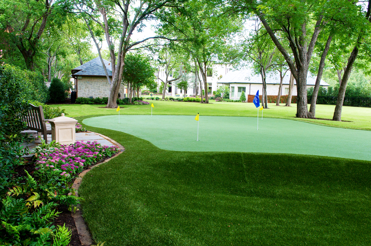 lawns-of-dallas-putting-green-lawn.jpg
