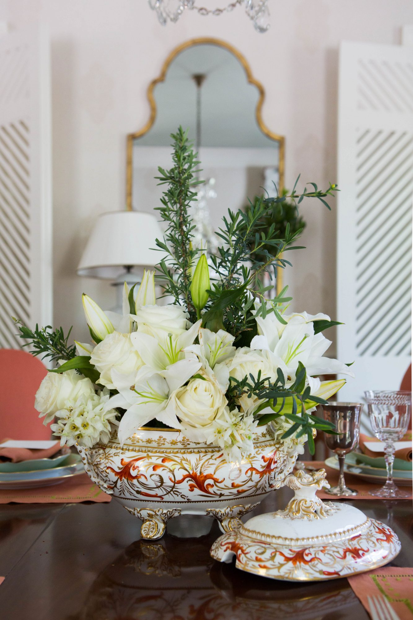 White Dining Table Centerpiece