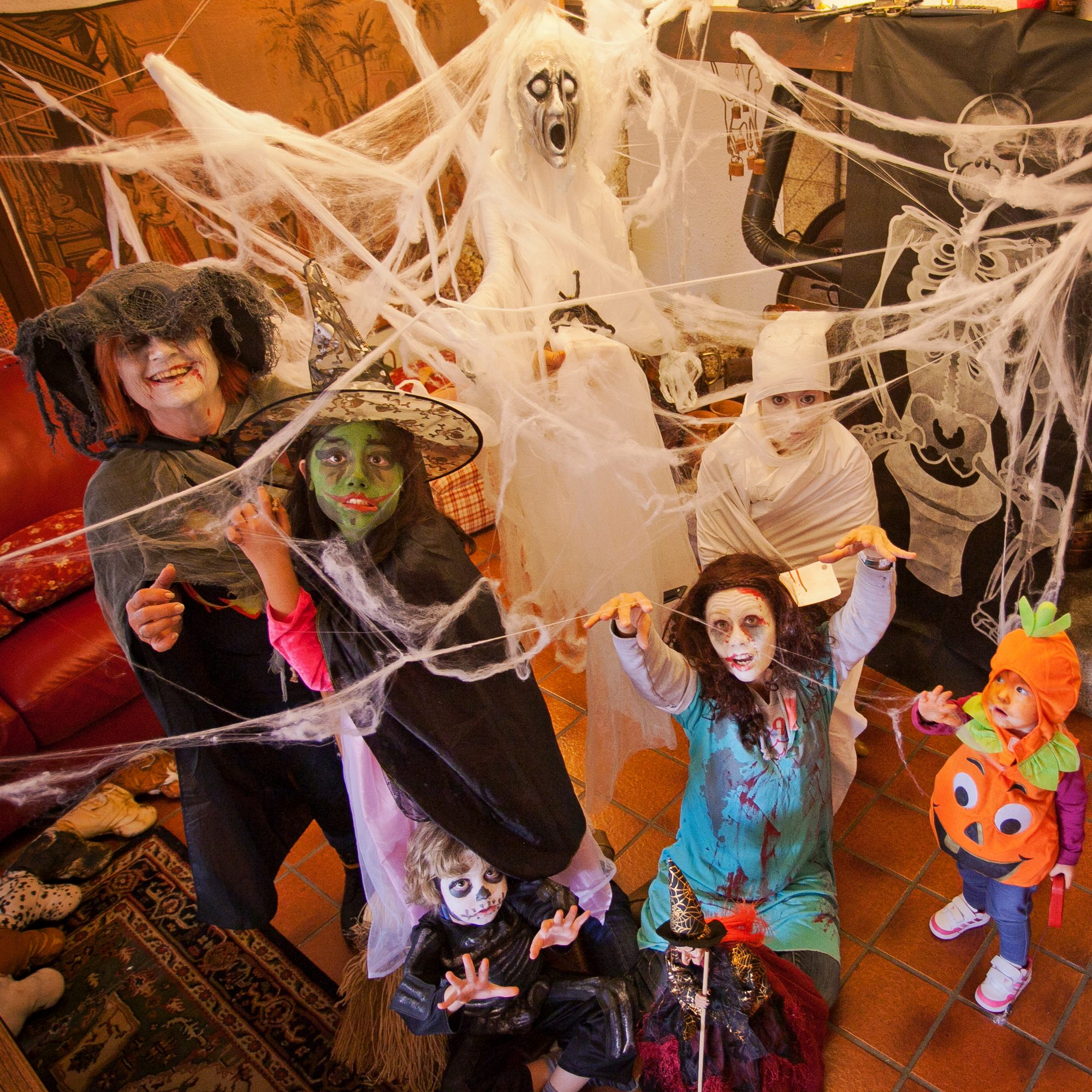 Throw the Ultimate Halloween Party - Southern Living