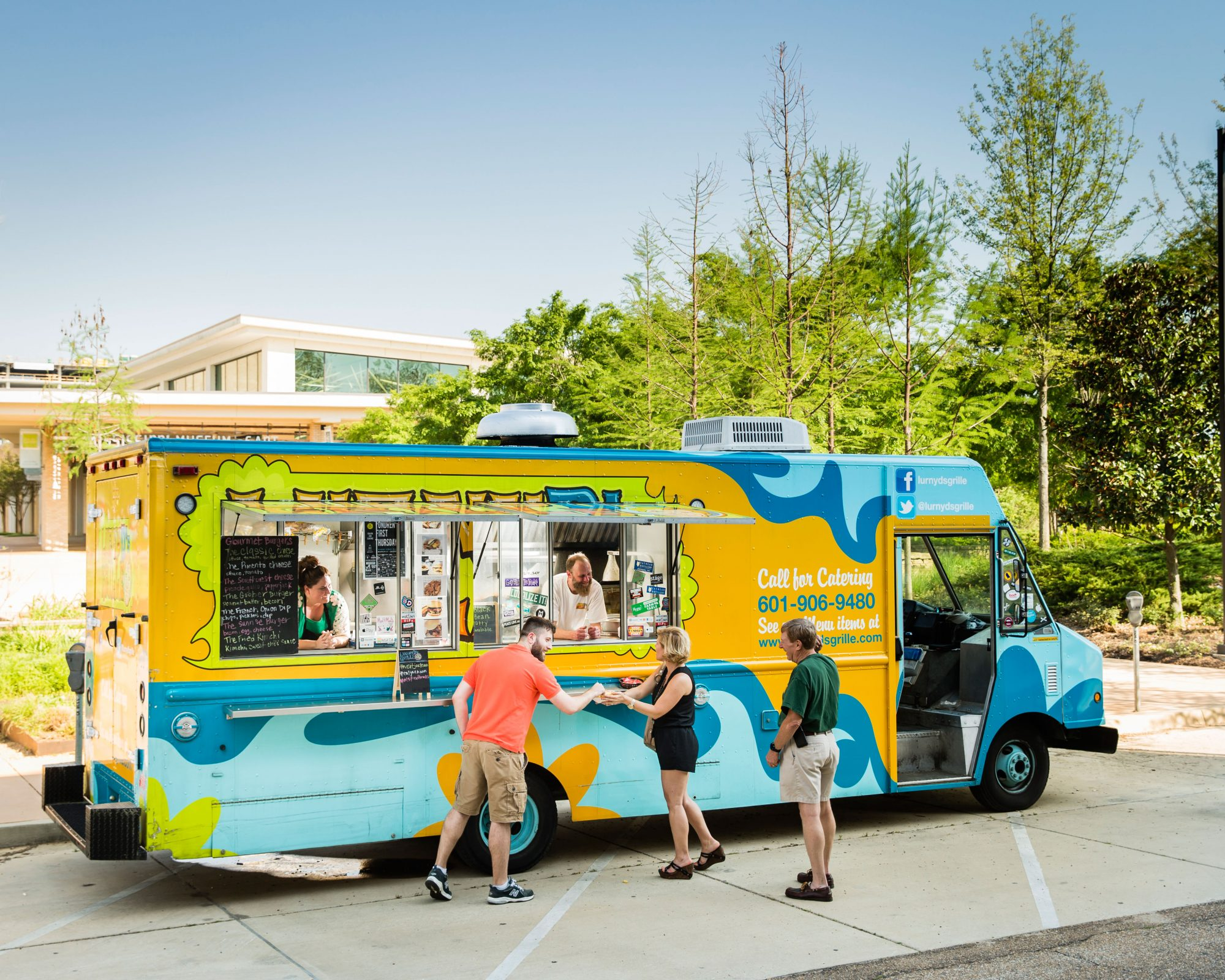 LurnyD's Grille Food Truck