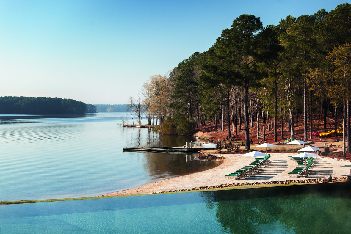 Fly in for a Lake Experience: Greensboro, GA