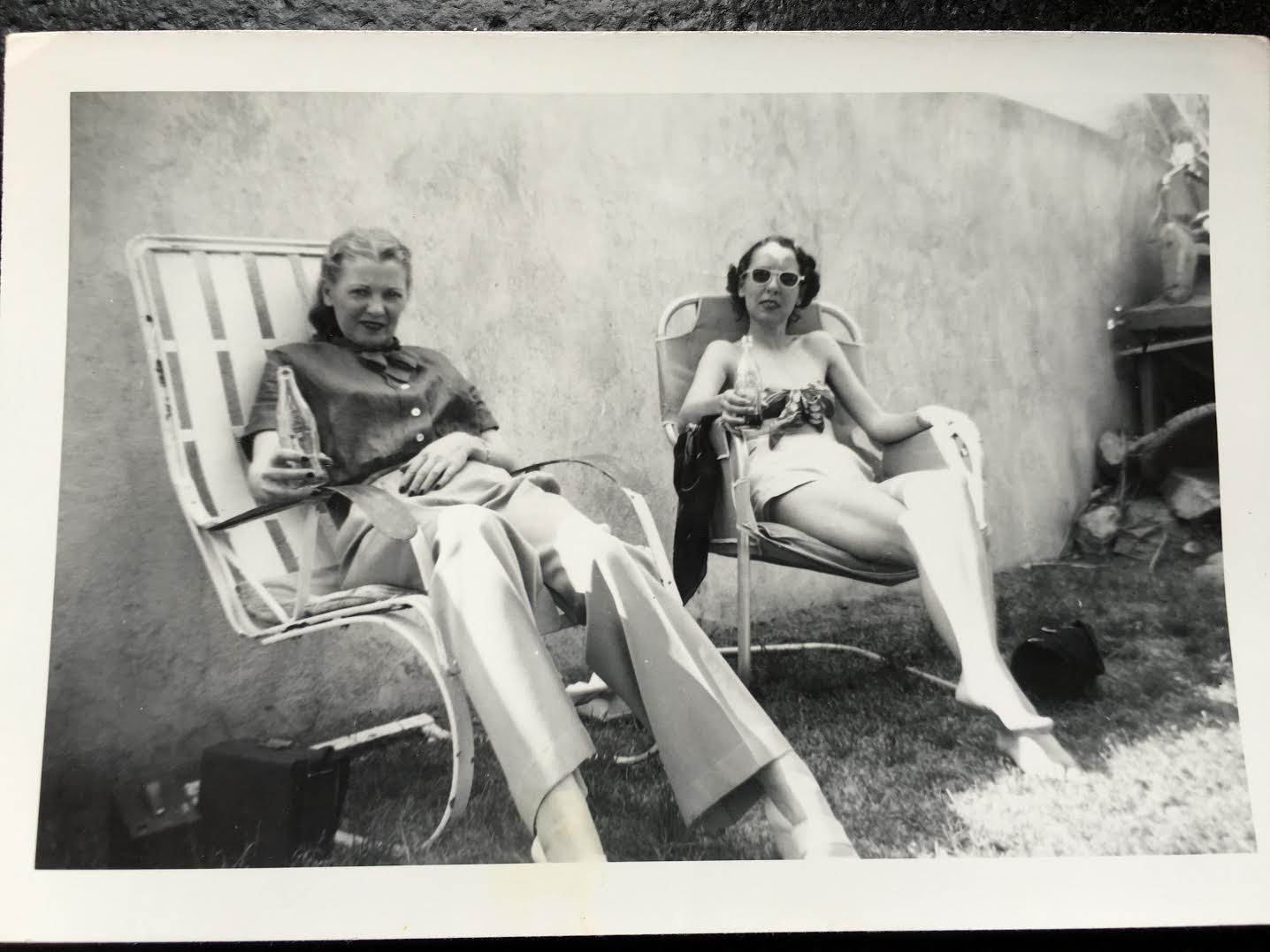 Nona Louise and Gladys Jewel Barker