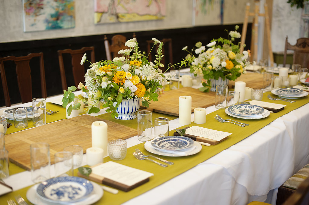 Campbell Dinner Party Place Settings
