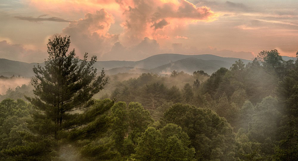 Long Mountain Lodge: Dahlonega, Georgia