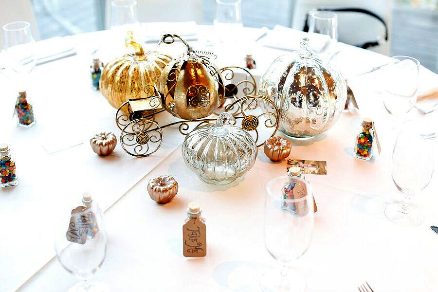 Cinderella-Themed Table Setting