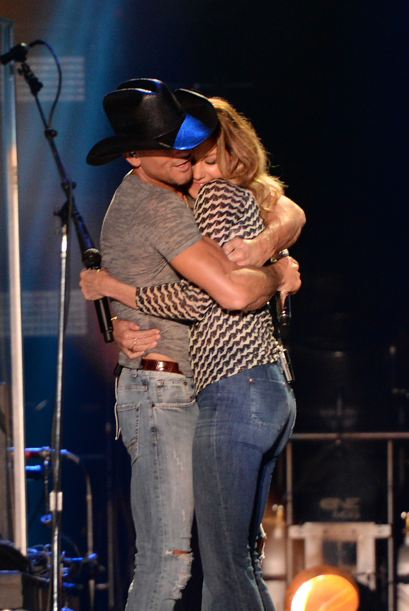 Tim and Faith Hugging Onstage