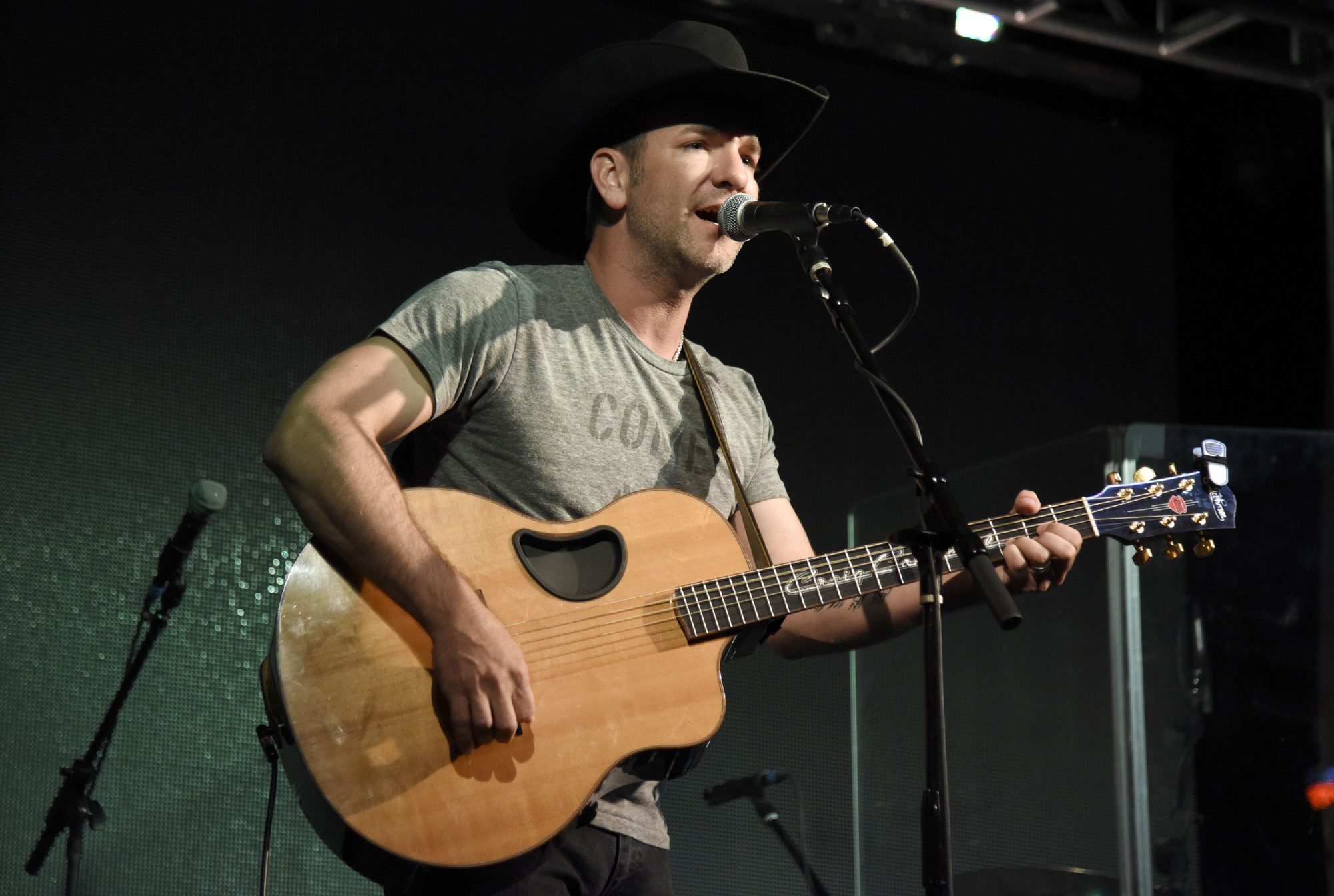 Craig Campbell Performing At Chords Of Hope 2016