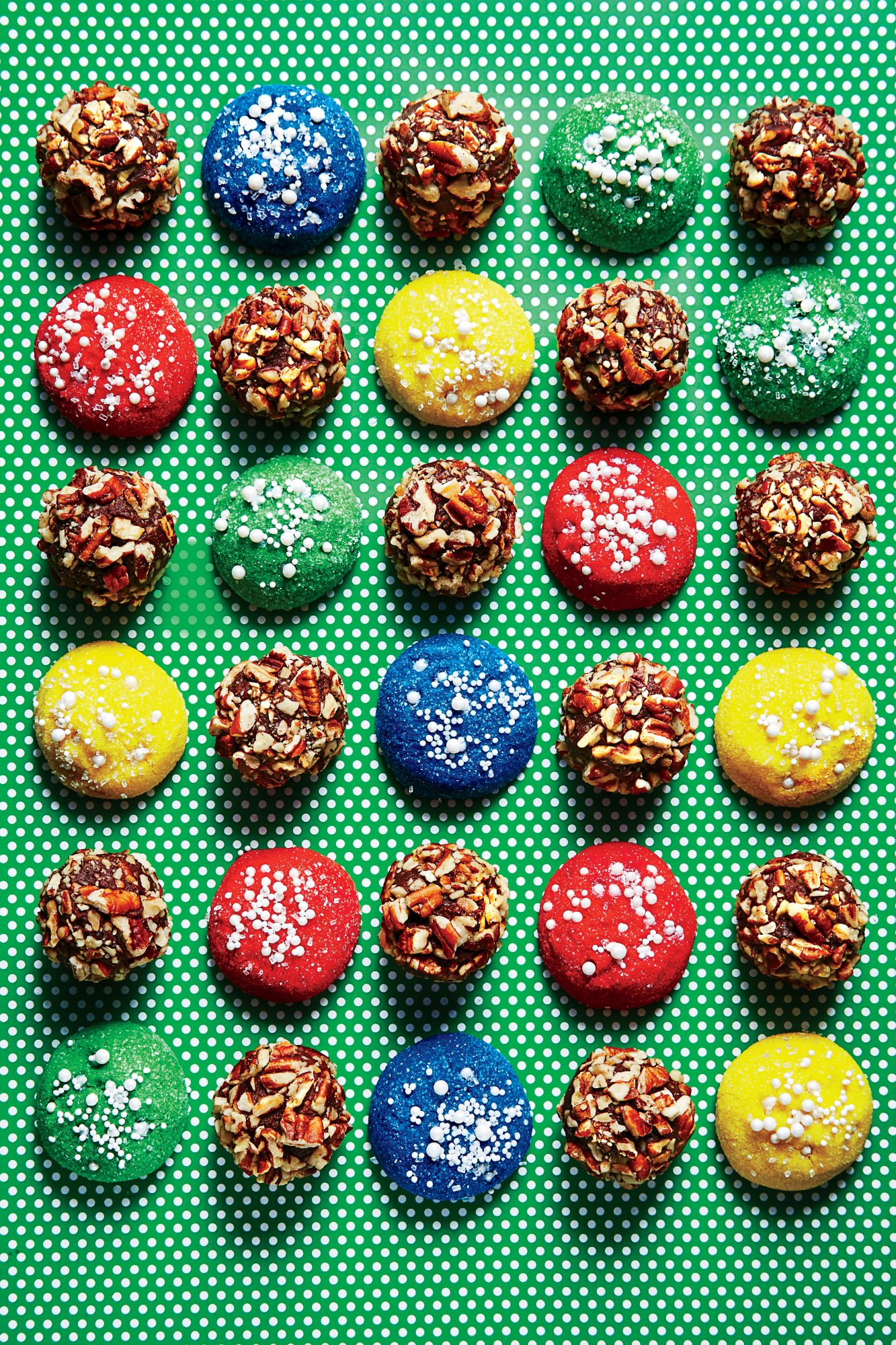 Sparkling Ornament Cookies