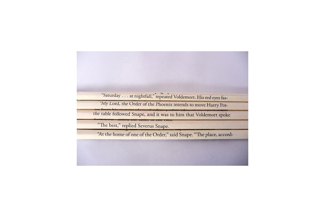 Harry Potter Wrapped Pencil Set