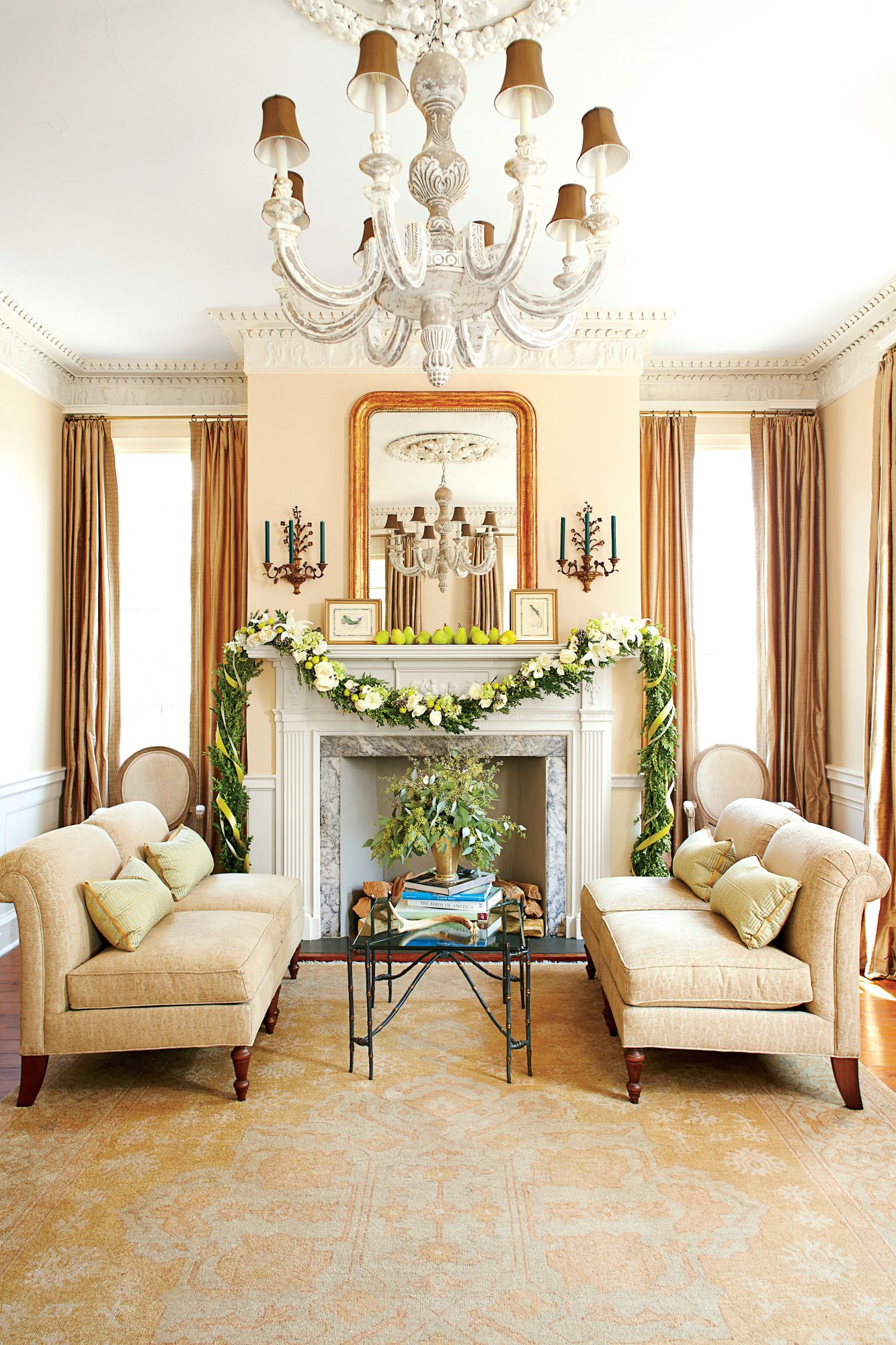 How southerners decorate for the holidays southern living - Southern living decorating ...