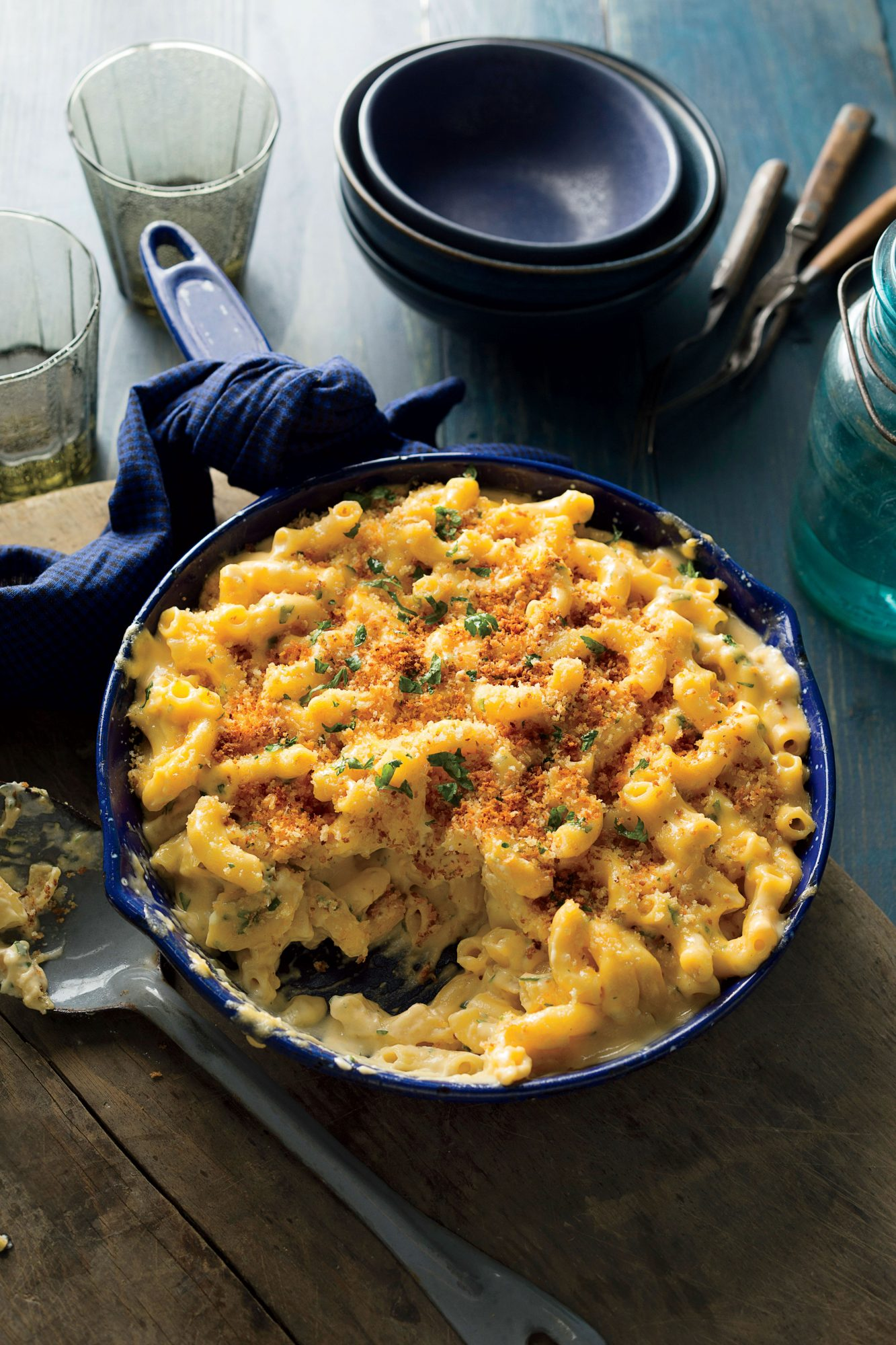 Skillet Mac and Cheese with Breadcrumbs