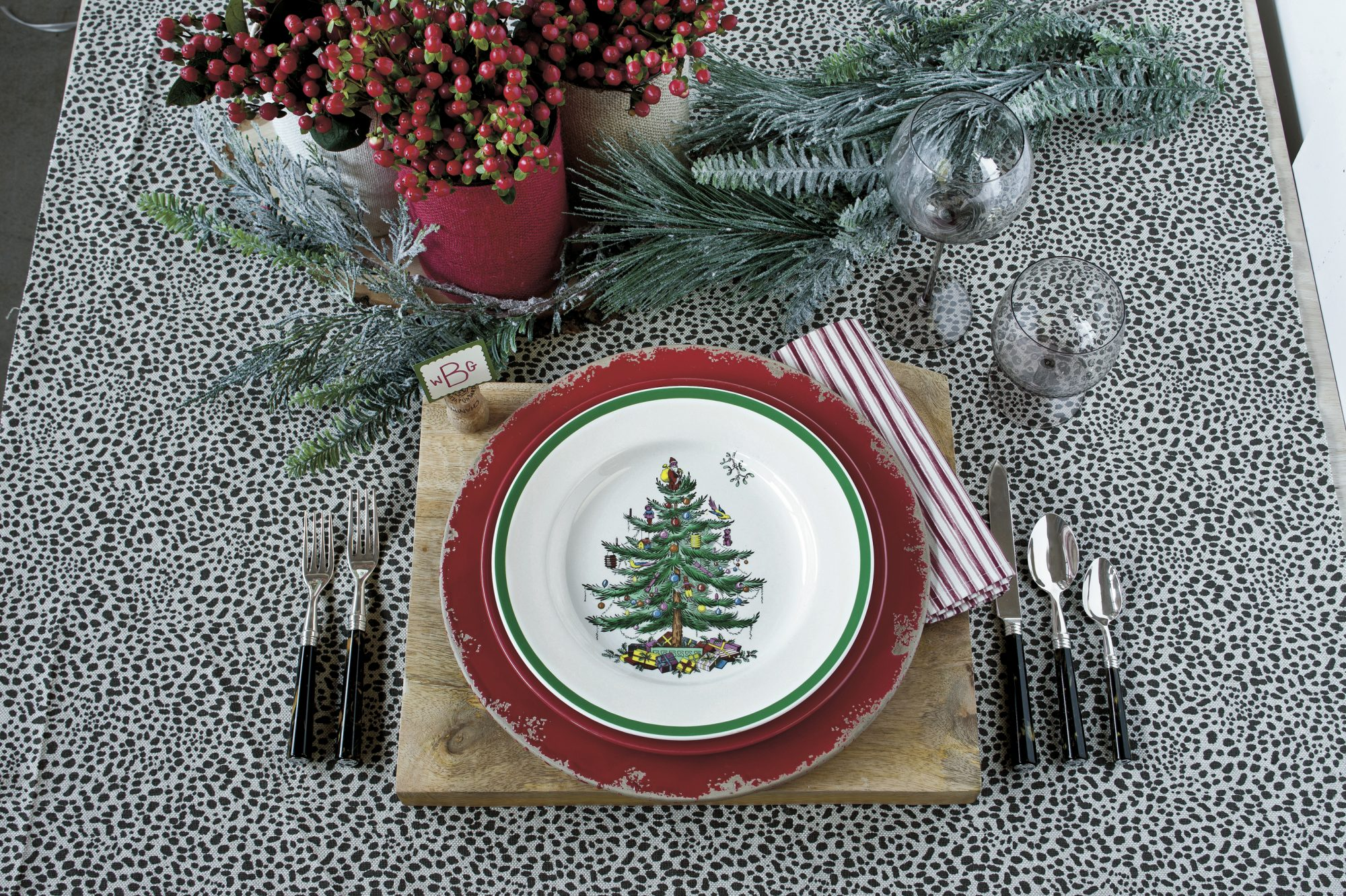 Christmas Table Setting busy and bold