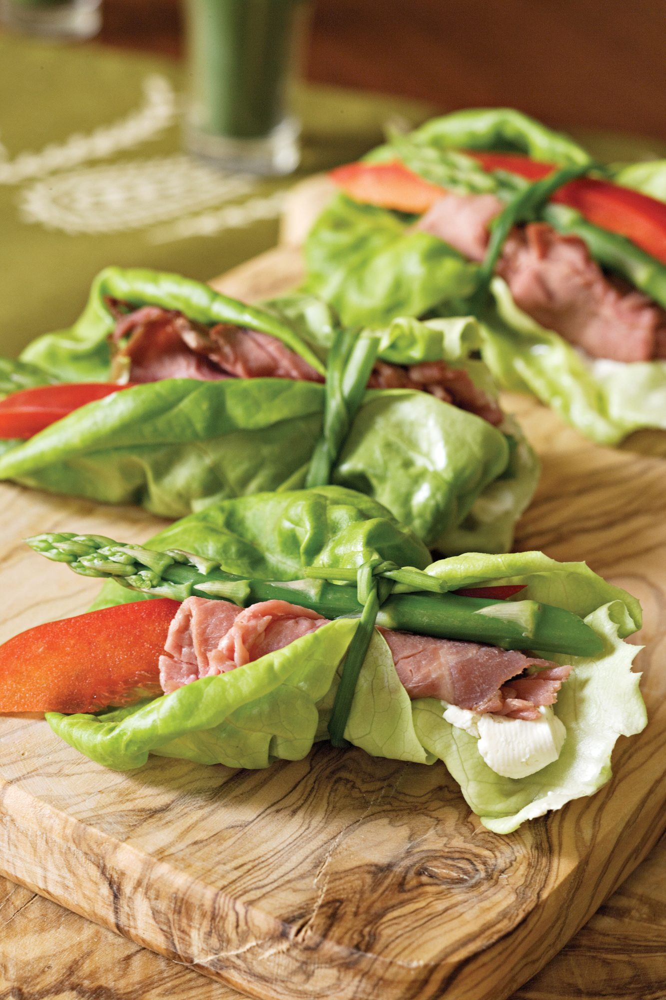 Beef-and-Asparagus Bundles