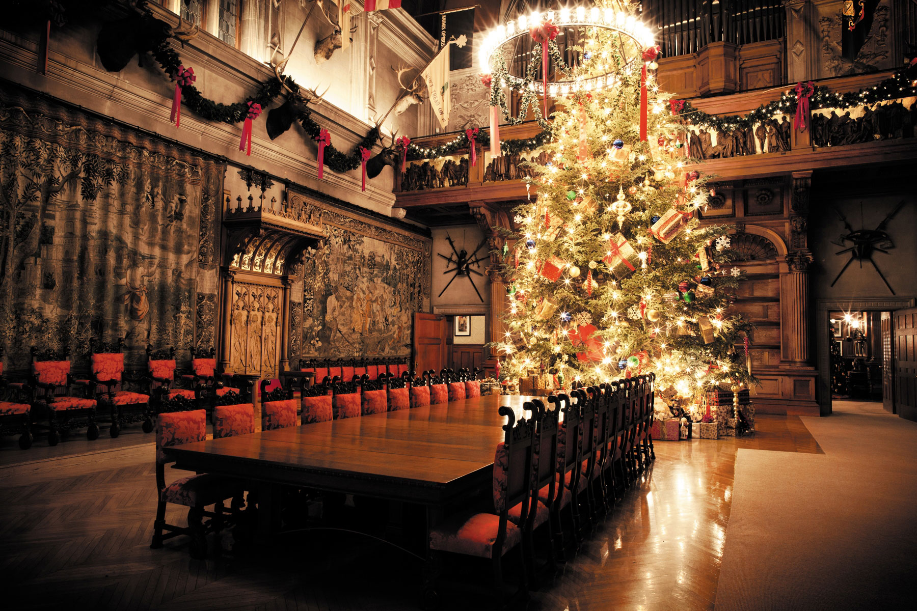 1612_Southern Christmas Happenings Dazzling Asheville