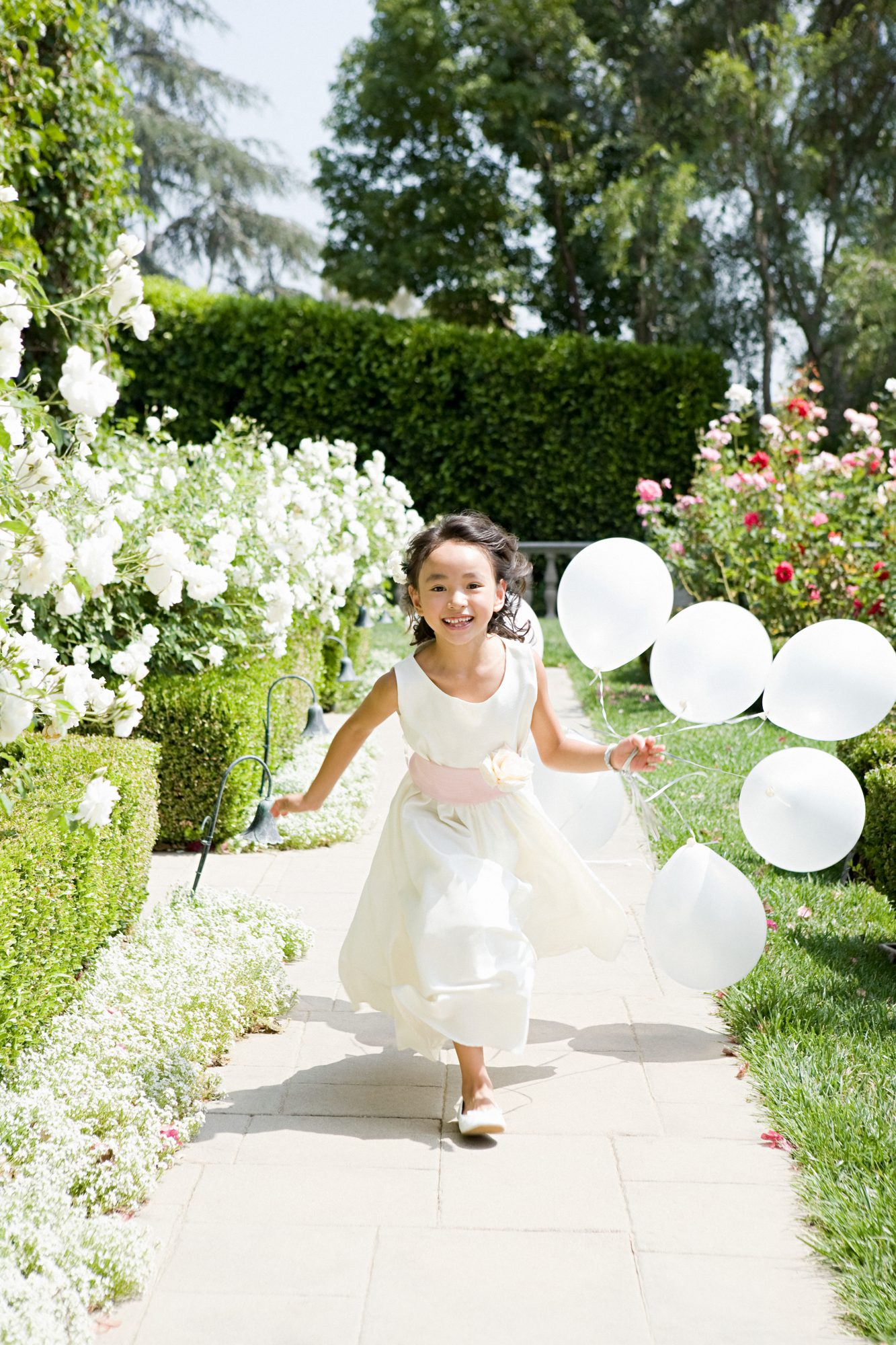 These Tiny Flower Girls Are Giving Us Major Style Inspiration ...