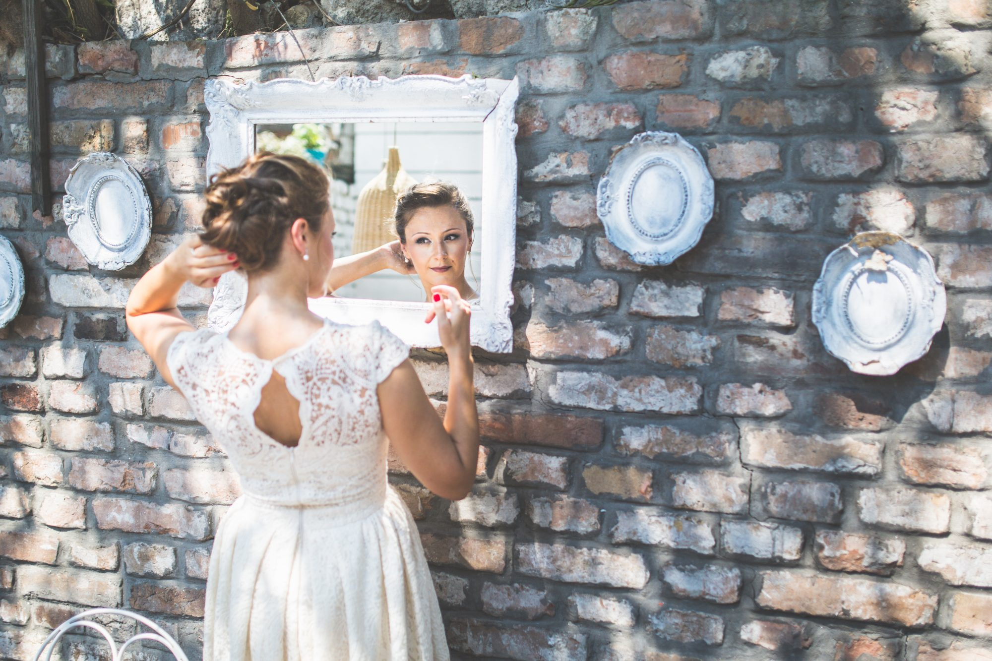 A Southern Bride and Her Vintage Details