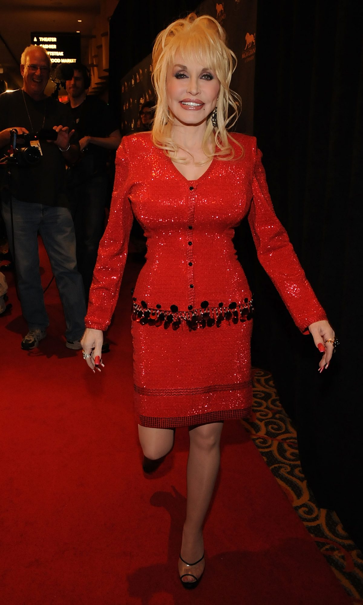 Dolly Parton Red Carpet 2010