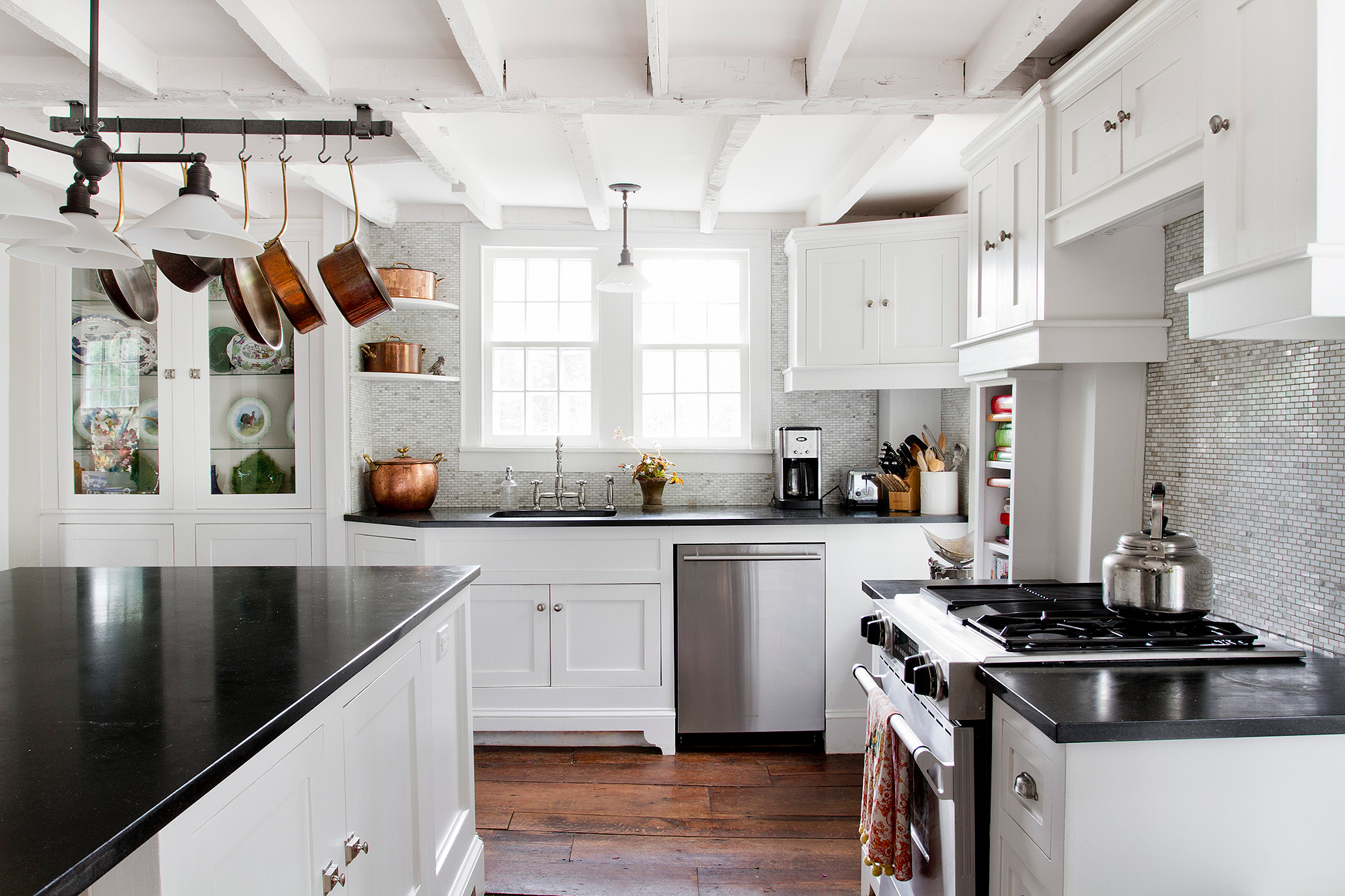 9 Kitchen Trends You'll See Everywhere in 2017 — And One That's on the Way Out