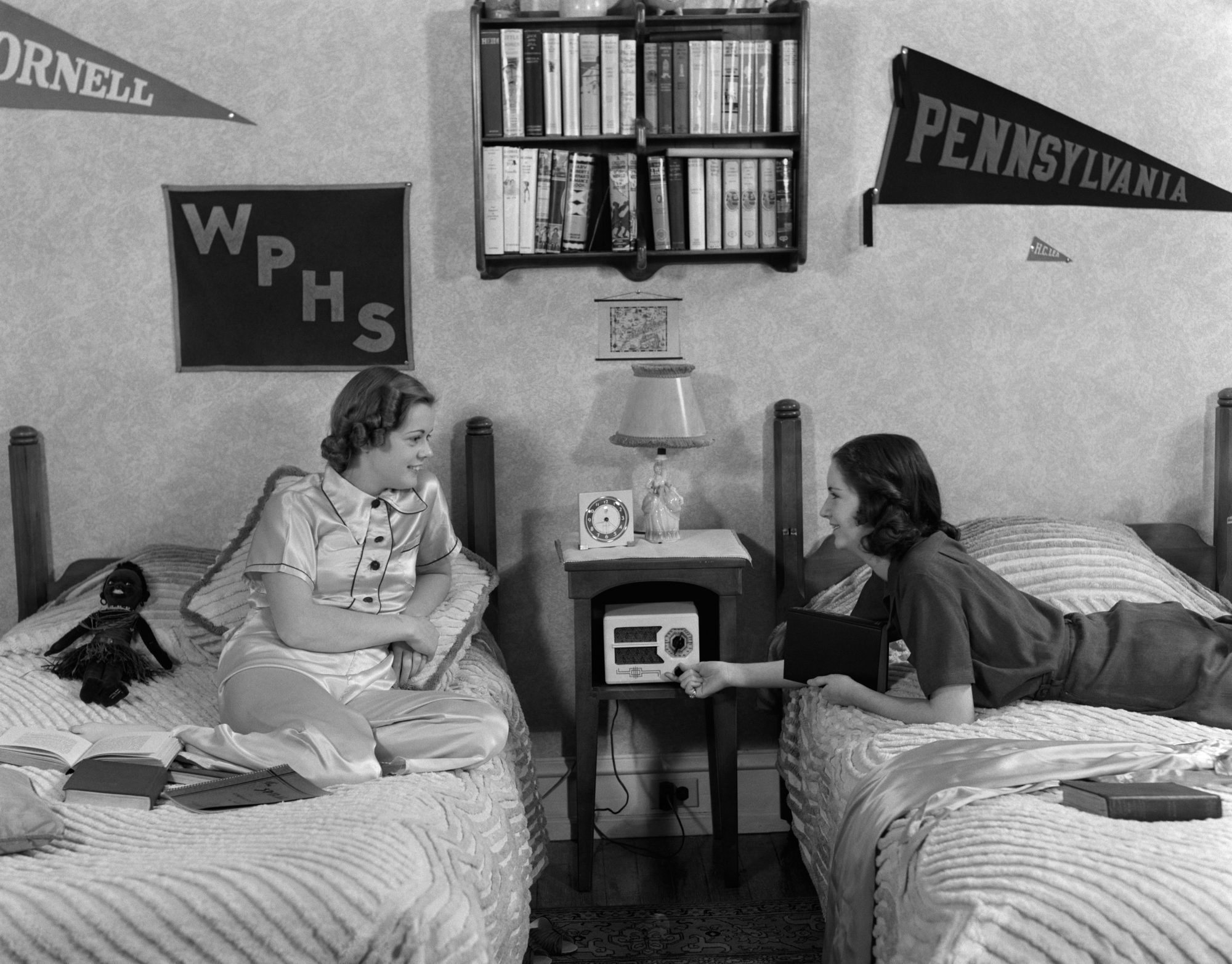 9 Things Every Southern Girl Needs in Her Dorm Room