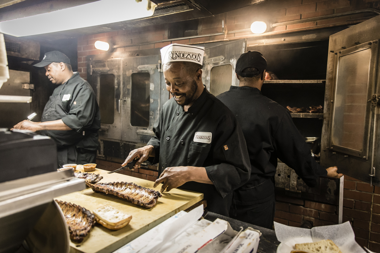 Rendezvous Ribs A Memphis Barbecue Tradition Southern