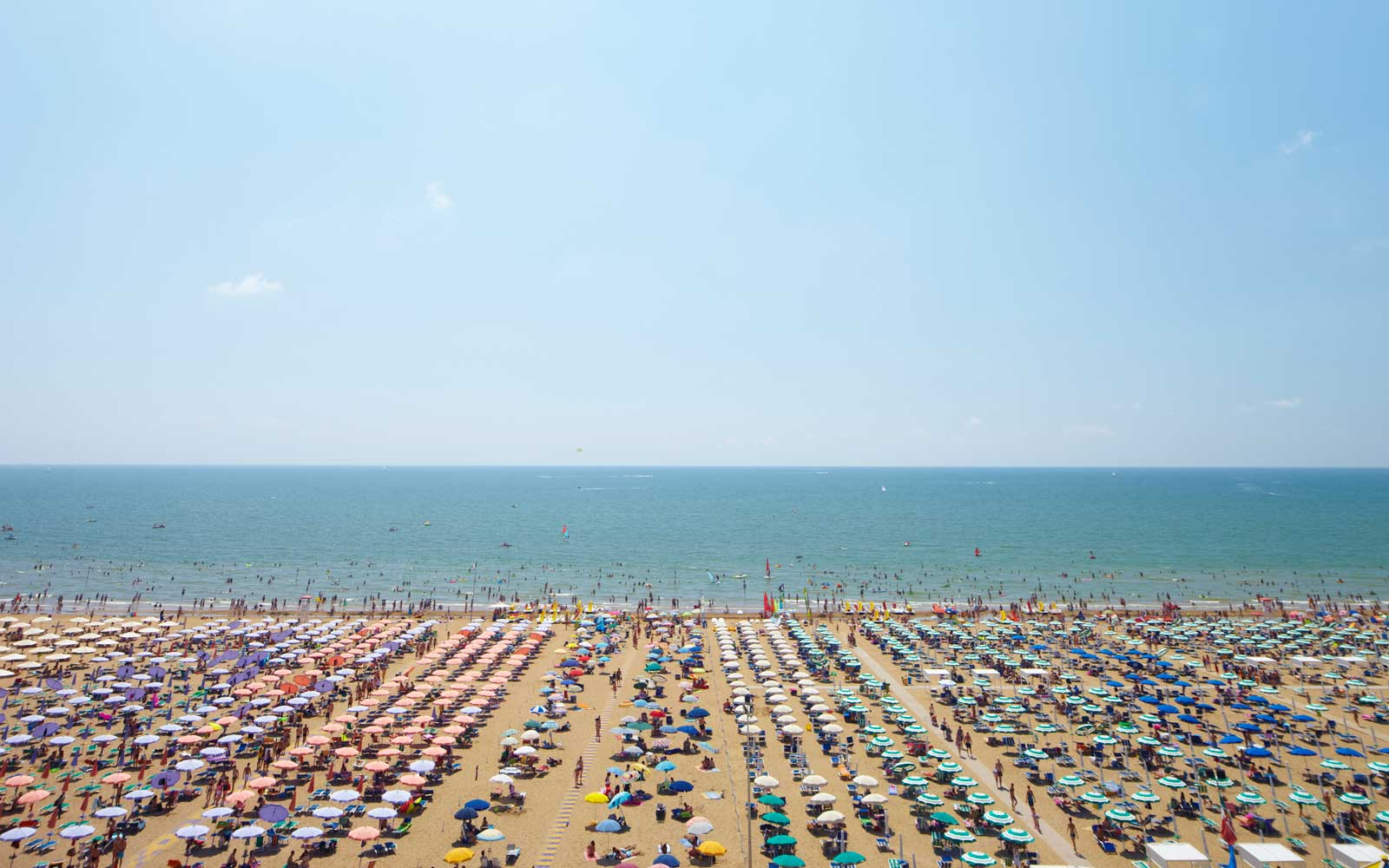 The Cheapest Days to Fly in Summer 2017