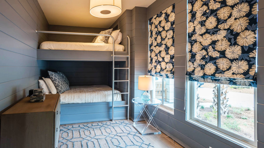 Bunkroom with Floral Beachy Blinds