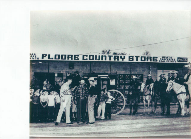Flooreu0027s Country Store