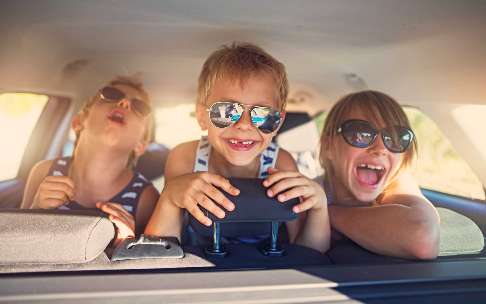 3 Ways to Keep Children Busy on a Road Trip