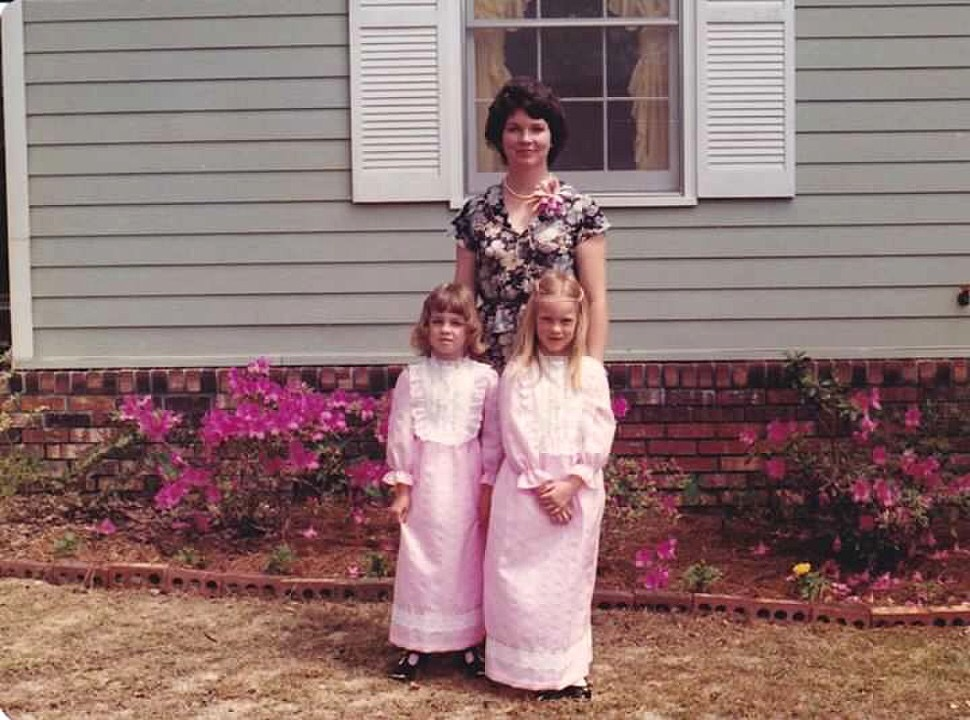 Mama and the Easter Dresses