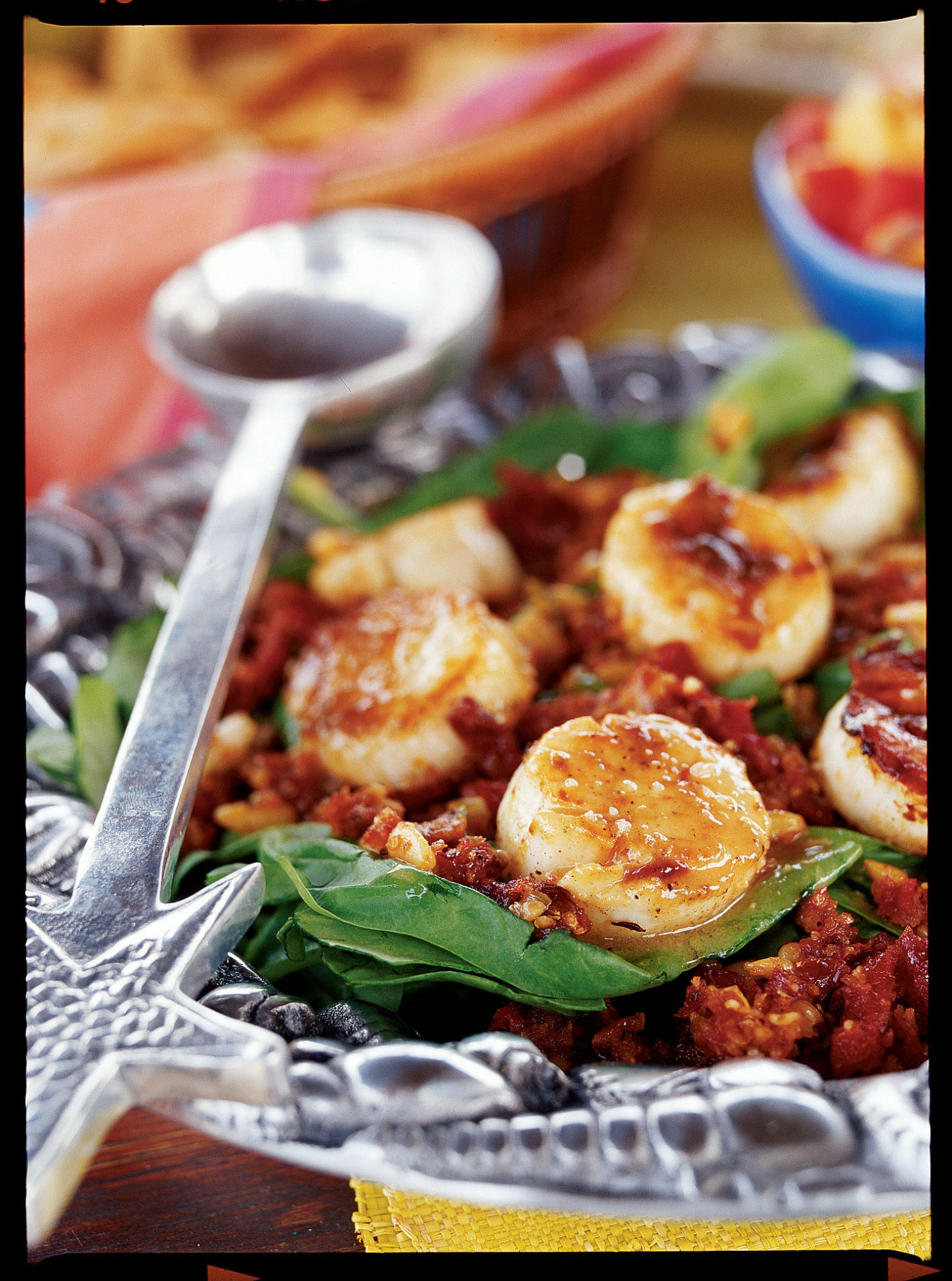 Spinach and Scallops Salad
